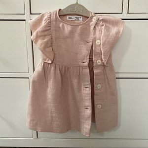 Zara baby Beautiful button down dress